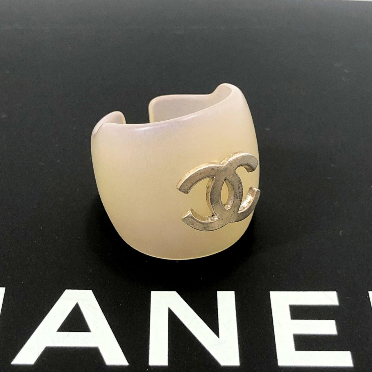 CHANEL Ring COCO Mark Synthetic resin 10-13 white Women Used
