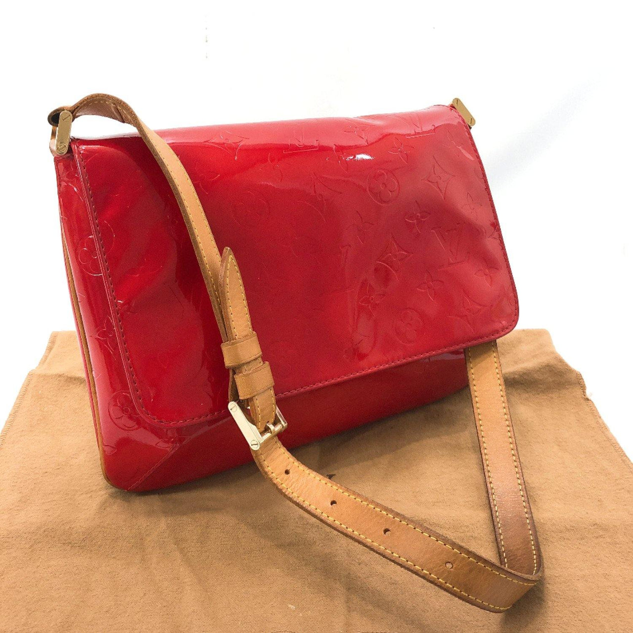 LOUIS VUITTON Shoulder Bag M91094 Thompson Street Monogram Vernis/Leather Red Women Used