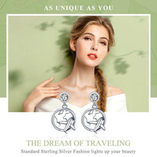 Load image into Gallery viewer, Sterling Silver Traveling Dream Earrings