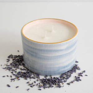 White Tea Lavender Candle in Linus
