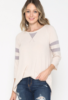 OATMEAL TOP WITH CONTRAST STRIP SLEEVES