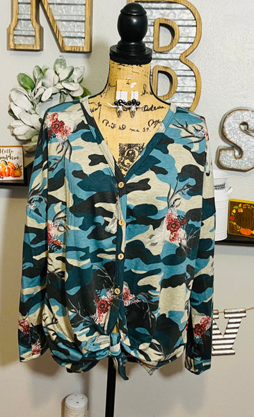 BLUE CAMO WITH COWSKULL BUTTON TIE TOP