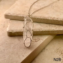 Load image into Gallery viewer, Wire Wrapped Quartz Necklace