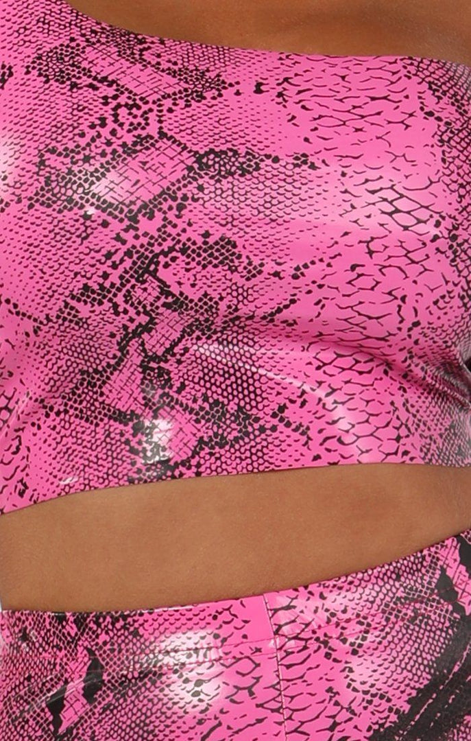 Hot Pink Animal Snake Print Pu Shorts - Socha