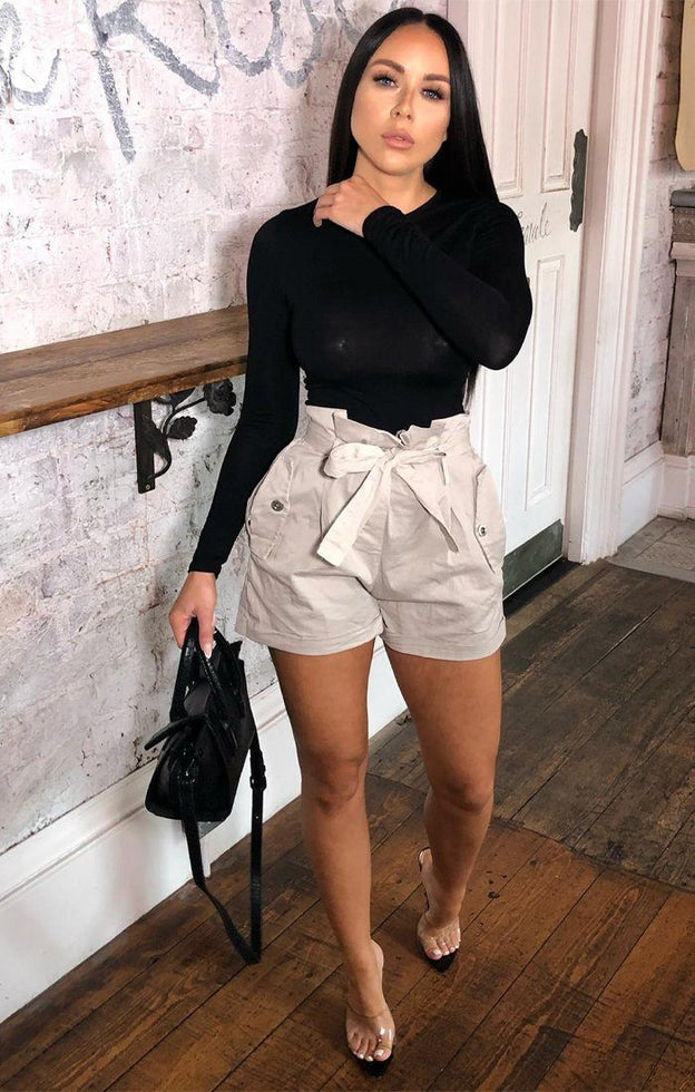Stone Ruffle Waist Pocket Shorts - Abril