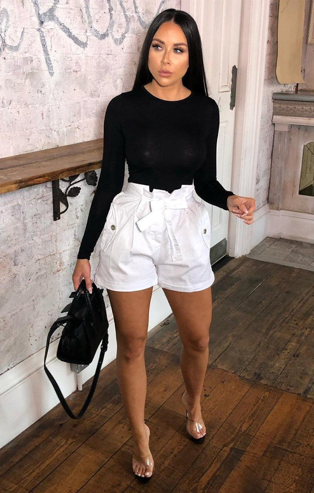 White Ruffle Waist Pocket Shorts - Abril