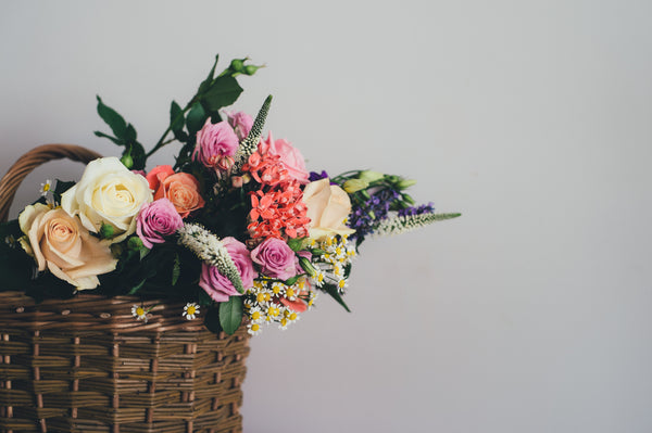 How to use Colour Theory to make beautiful floral arrangements