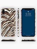 products/iPhoneX_XsMax_Snap_view4_shutterstock_795996031_636cadc4-39f9-4255-9c67-2d463affbe73.jpg