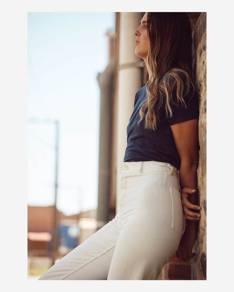 natural hemp and organic cotton high waisted pant with pockets. flattering fit, sustainable style, wardrobe essential.