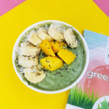 Load image into Gallery viewer, A spoonful of SMOOV green blend in peach flavoured yogurt helps you get your greens in, energize, cleanse, detox and fight bloat. Perfect part of a healthy weight loss diet.
