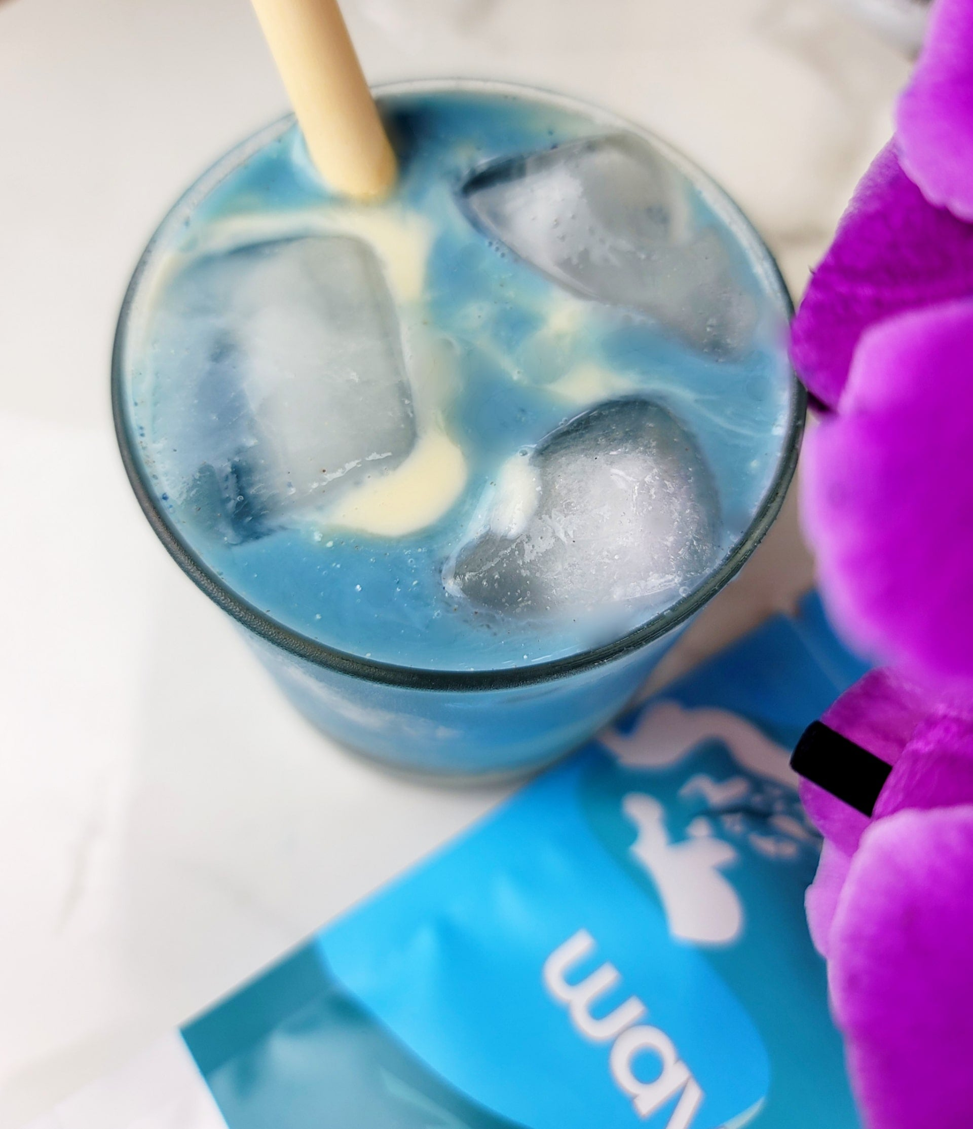 Our wave blend has 6 powerful antioxidant and vitamin B rich foods for a refreshing way to enhance energy levels, improve immunity and digestion.