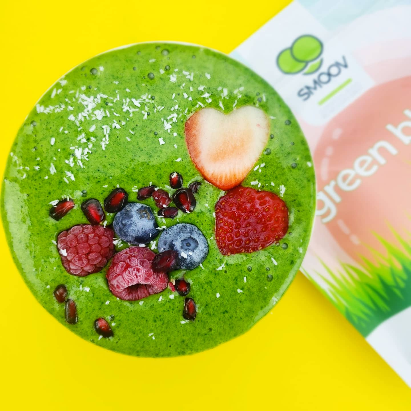 Smoov green blend in green smoothie  for vitamins