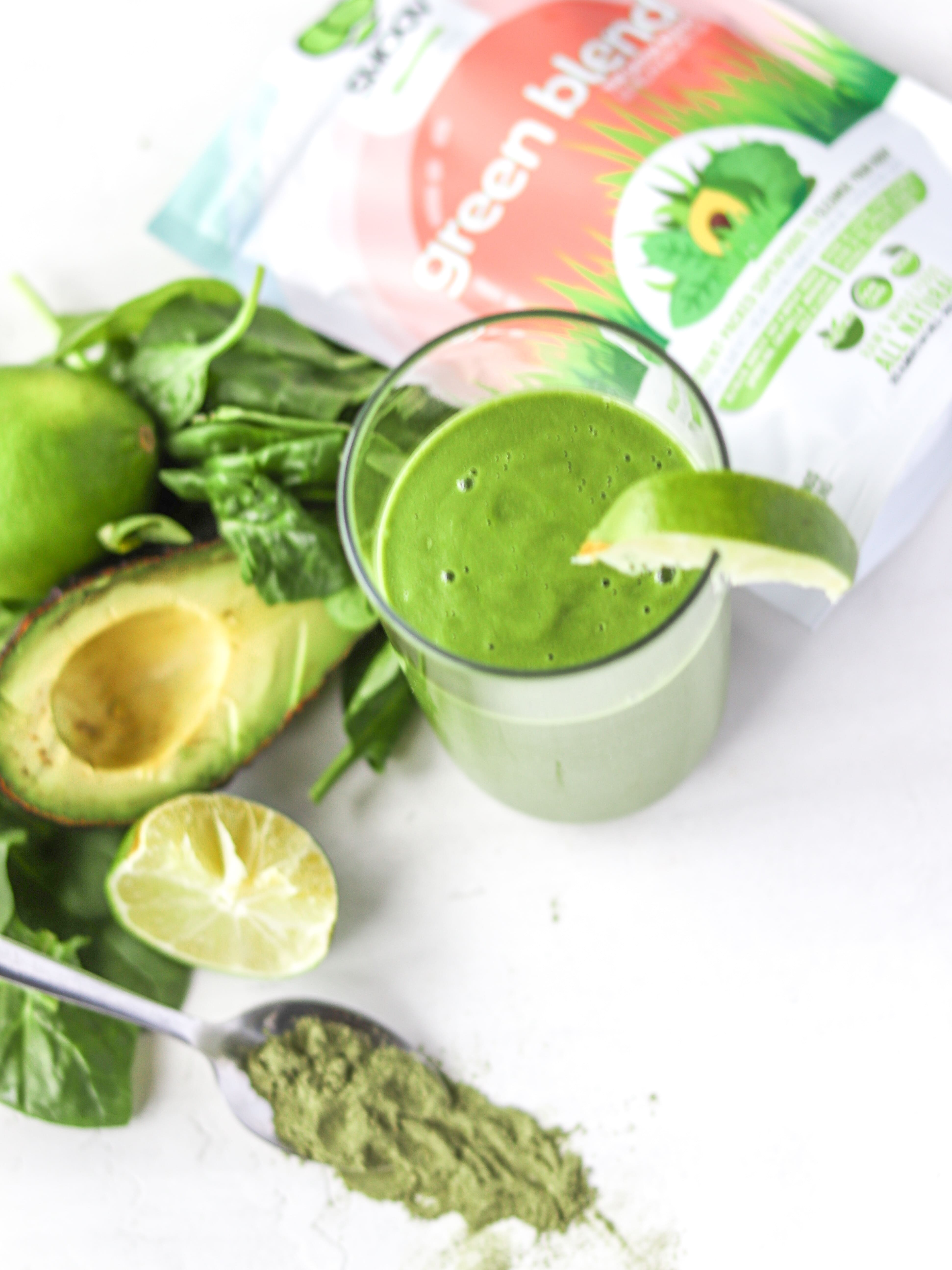 SMOOV green blend has 9 powerful superfoods with no added sugar, caffeine or additives. The easiest all-natural way to get your greens and nutrition
