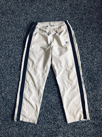 MUSE THRIFT - Vintage NIKE Lined Track Pants