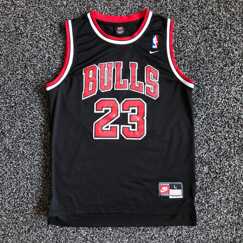 MUSE THRIFT - NIKE Chicago Bulls / Michael Jordan Swingman Jersey