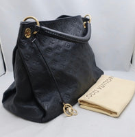 Louis Vuitton Black Leather Artsy MM Handbag