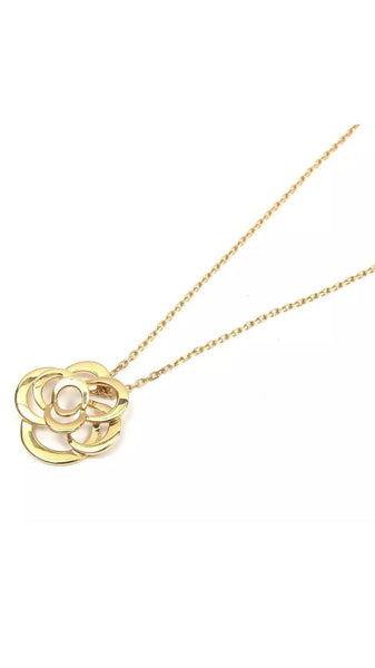 CHANEL CoCo Camellia 18KT Gold Necklace