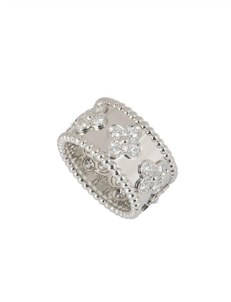 Van Cleef & Arpels Diamond Clover Perlee Ring