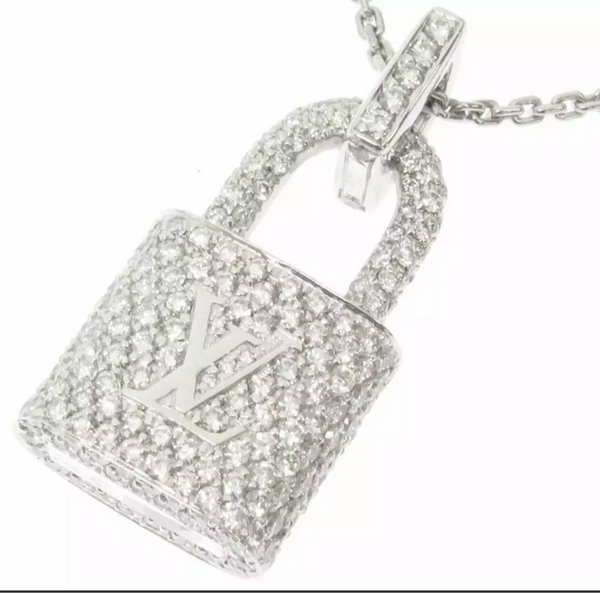 Louis Vuitton Diamond Paved Lockit Pendentiff Necklace