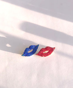 Sparkle Lip Brooches