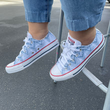 Load image into Gallery viewer, Gray Blue Dripping Lace Pattern White Low Top Converse
