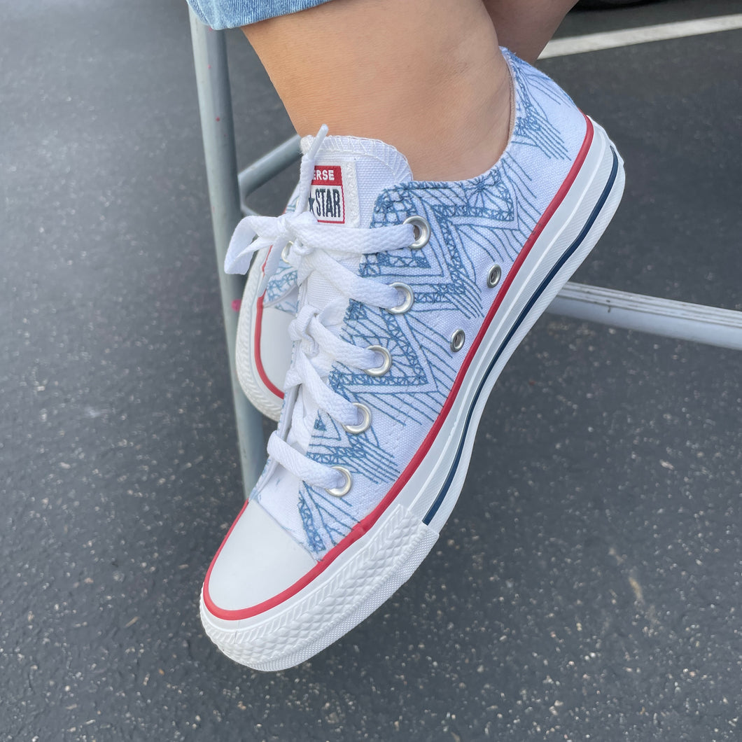 Gray Blue Dripping Lace Pattern White Low Top Converse