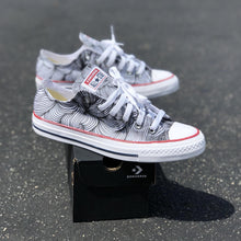 Load image into Gallery viewer, Swirl White Low-Top Converse