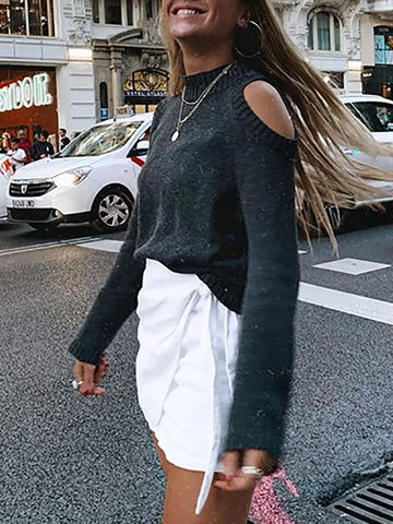 Stylish off-the-shoulder high-necked long-sleeved sweater