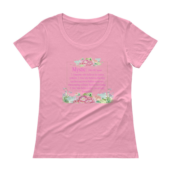 Definition of a Mystic  with flower frame - Ladies' Scoopneck T-Shirt