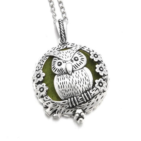 Image of Vintage Owl Aroma Diffuser Necklace