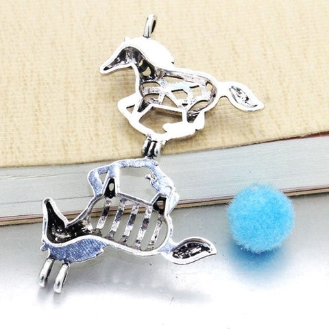 Image of Majestic Horse Essential Oil Diffuser Necklace
