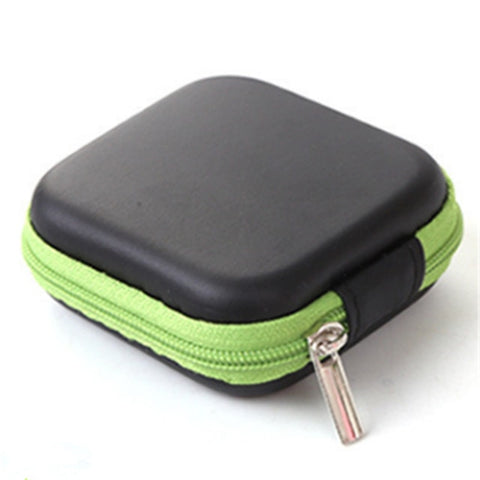 Image of Natural Earth Portable Essential Oils Storage Case