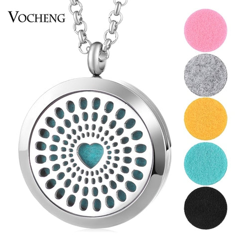 Carve-Out Design Essential Oil Diffuser Necklace