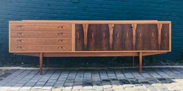 Hamilton sideboard by Robert Heritage for Archie Shine