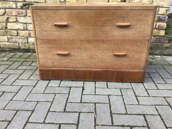 1930's oak chest of draws