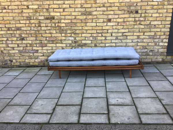1960s French daybed/sofa by Georges Tigien
