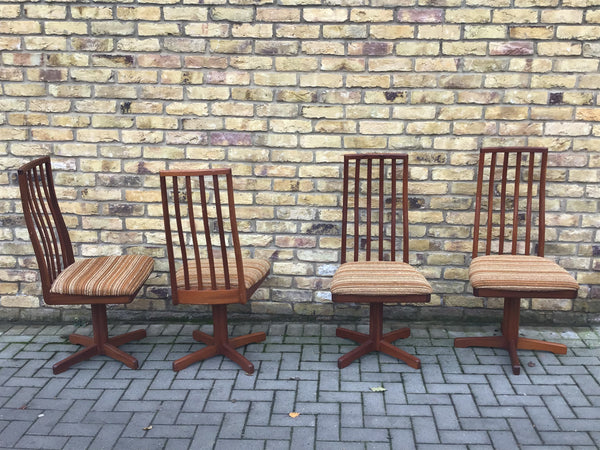 A set of 4 Macintosh dinning chairs
