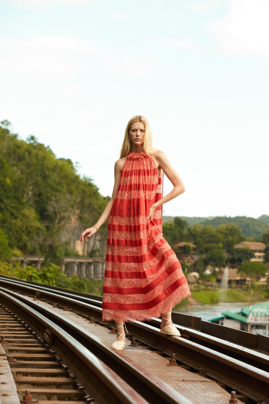 Cotton lace stripes midi dress in red