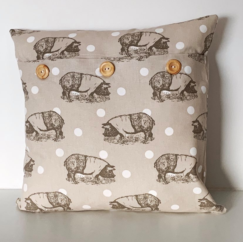 Pig and White Spot Cushion Cover SALE! FREE P & P