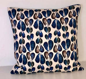Mussels Cushion