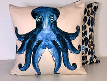 Load image into Gallery viewer, Octopus Cushion