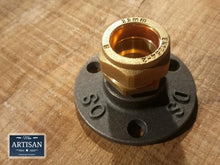 Load image into Gallery viewer, 22mm Brass Compression Flange Pipe Mount - Miss Artisan