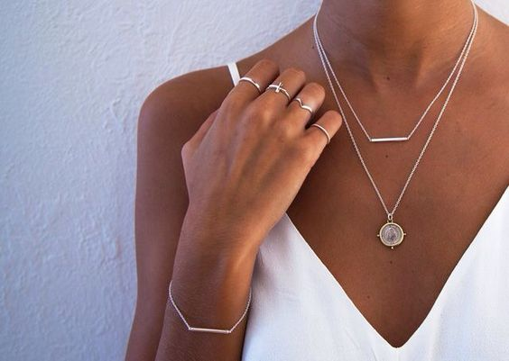19 Minimalist Handmade Jewellery Pieces You Need for 2019