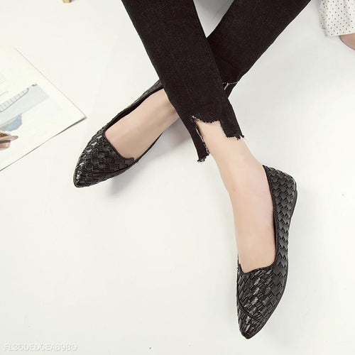 Fashion Pointed Mouth Flats