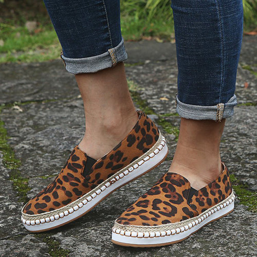 Women's Fashion Suede Solid Color Leopard Round Head Lazy Casual Shoes