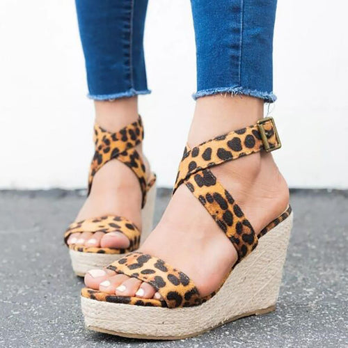 Leopard slope with sandals