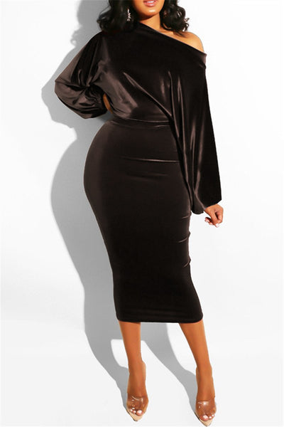 Bubble Sleeve Velvet Midi Dress - ezcute