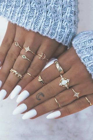 Trendy 13-piece Rhinestone Ring - ezcute