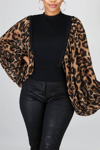 Leopard Printed Bat Sleeve Splicing Top - ezcute