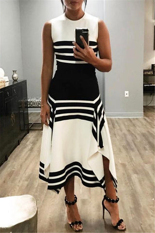 Plus Size Striped Splicing Maxi Dress - ezcute